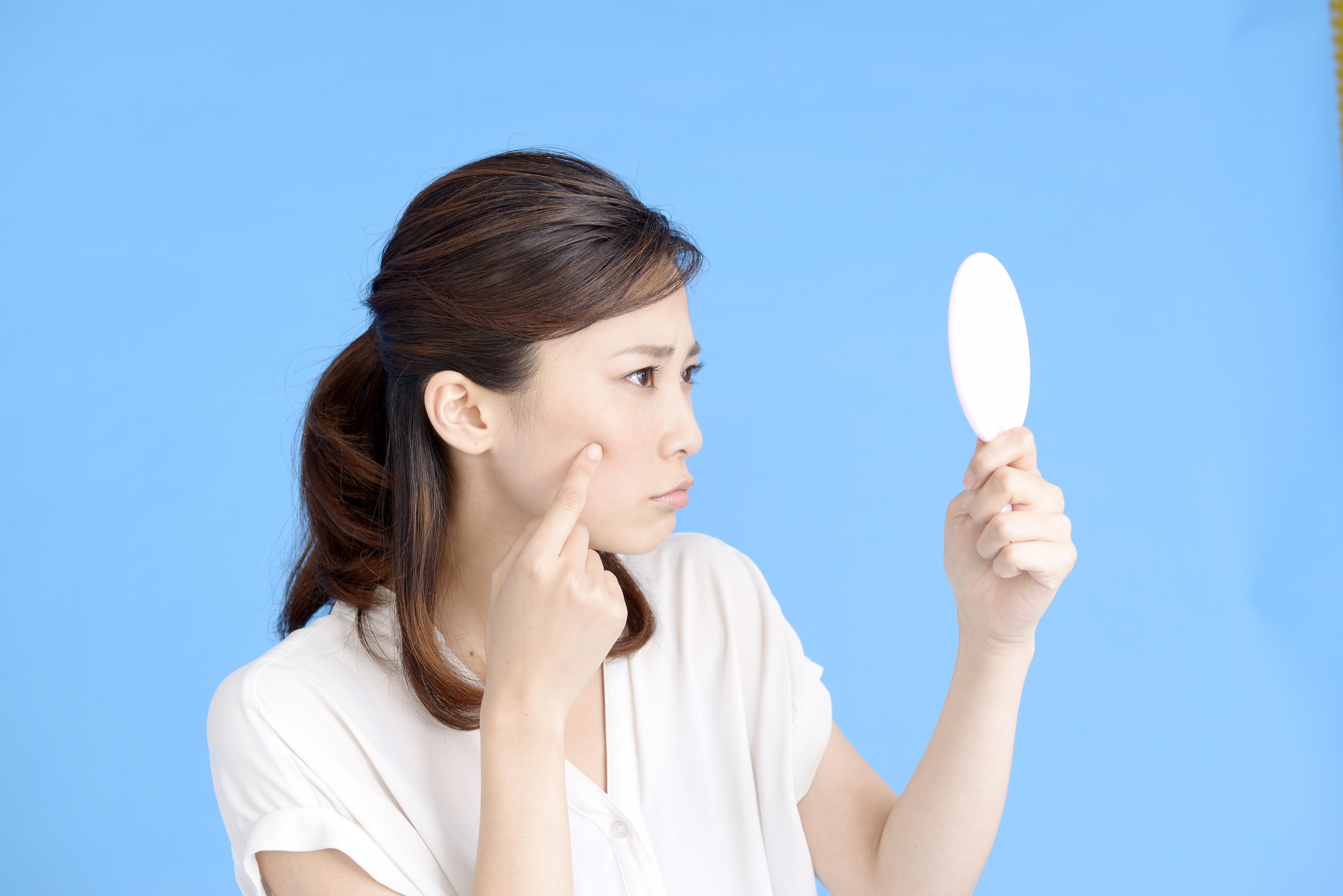 ビニール肌の女性写真画像01