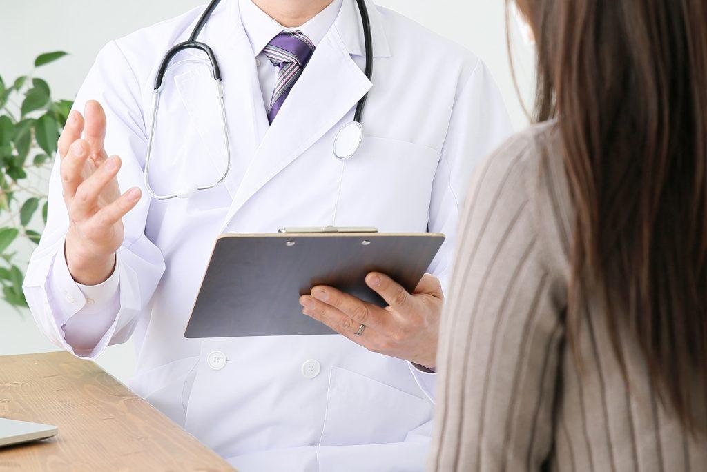 診察中の画像