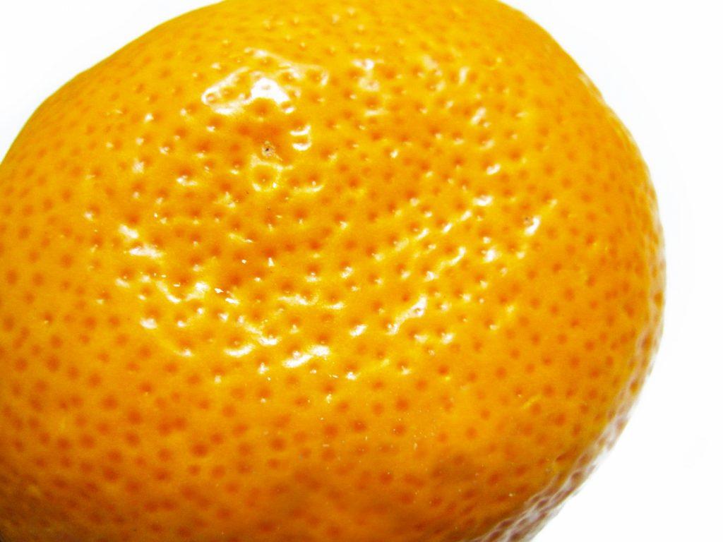 毛穴をイメージしたオレンジの画像